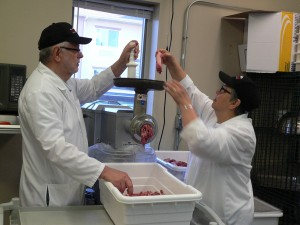 processing-grinding-pork-Piemonte-sausage