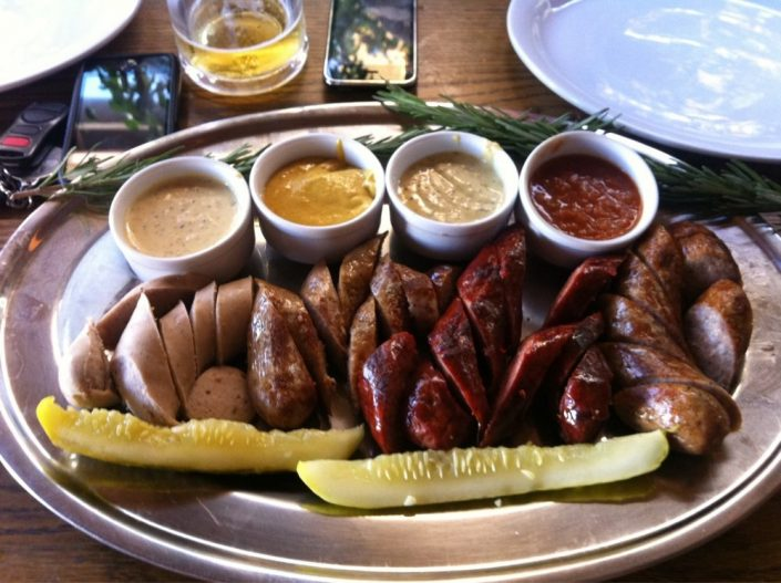 Piemonte-Sausage-with-variety-of-mustards